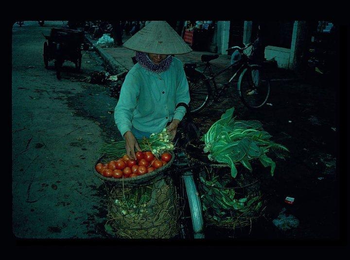 Hanoi 1990 3